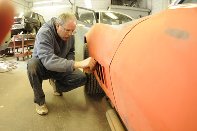 Mark O'Dell sanding and restoring a classic 1969 Corvette